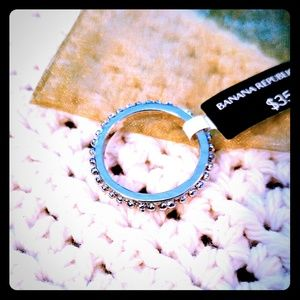 Womens Banana Republic Fashion Beaded Ring